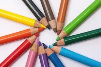 creative-desk-pens-school-large